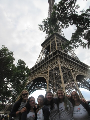 eiffel-tower-whole-troop
