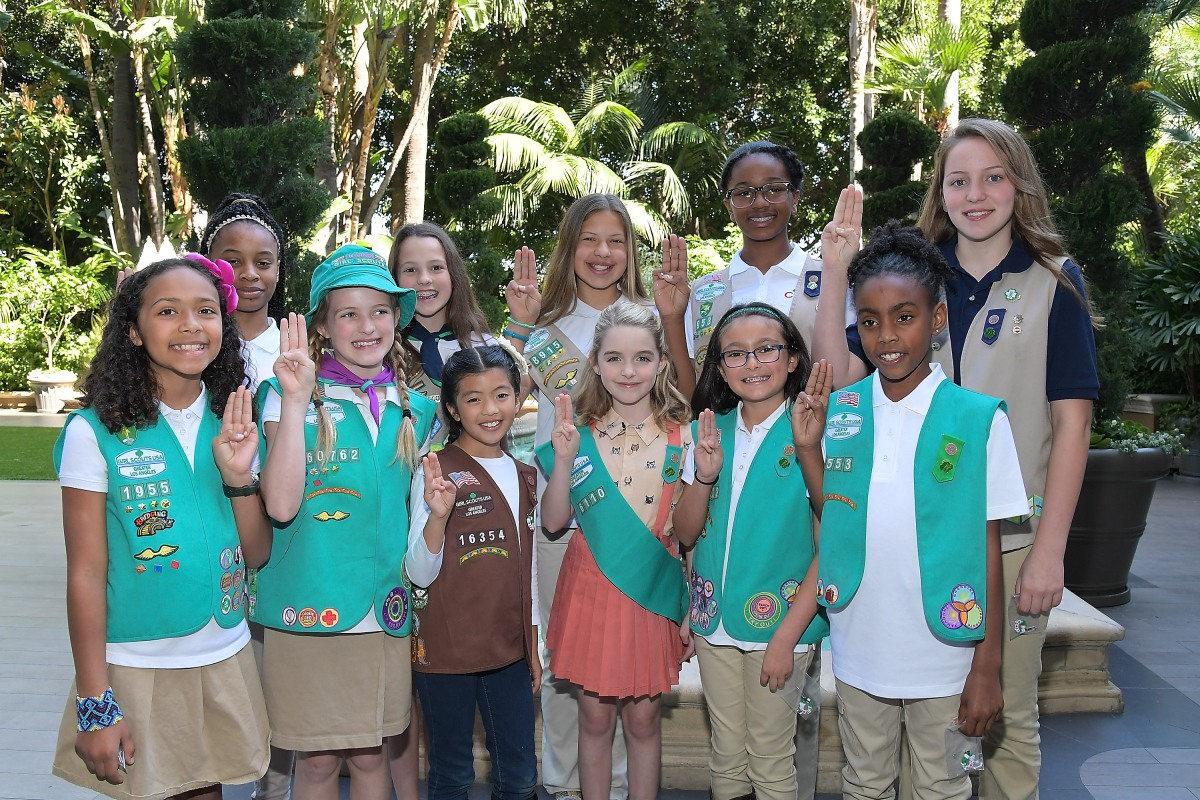 """Gifted"" Star Becomes a Girl Scout"
